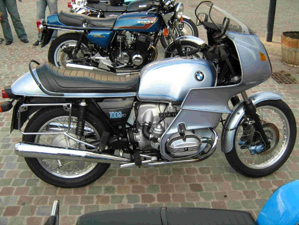 BMW RS 1000